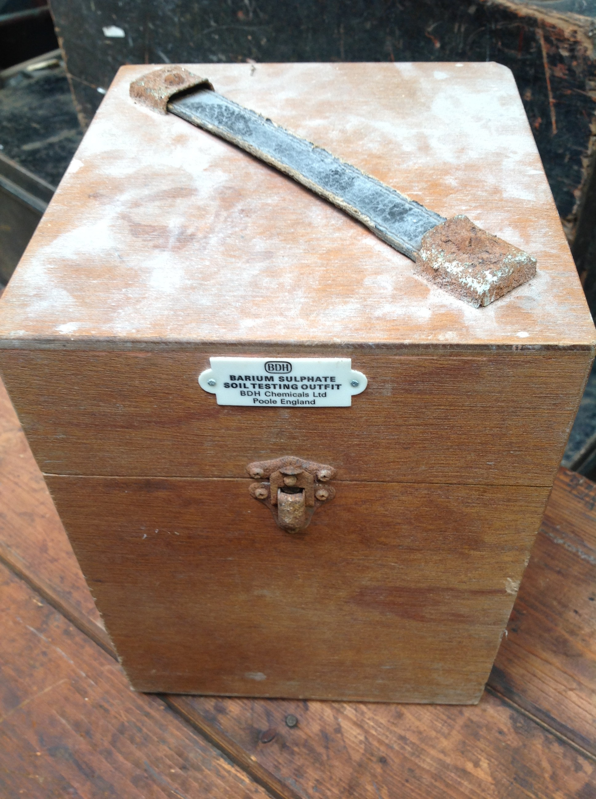 Borium sulphate soil testing kit - On The Square Emporium